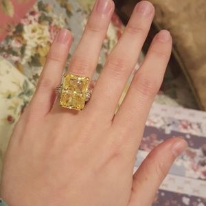Jewelry - HUGE Citrine Cocktail Ring Sz 4.75